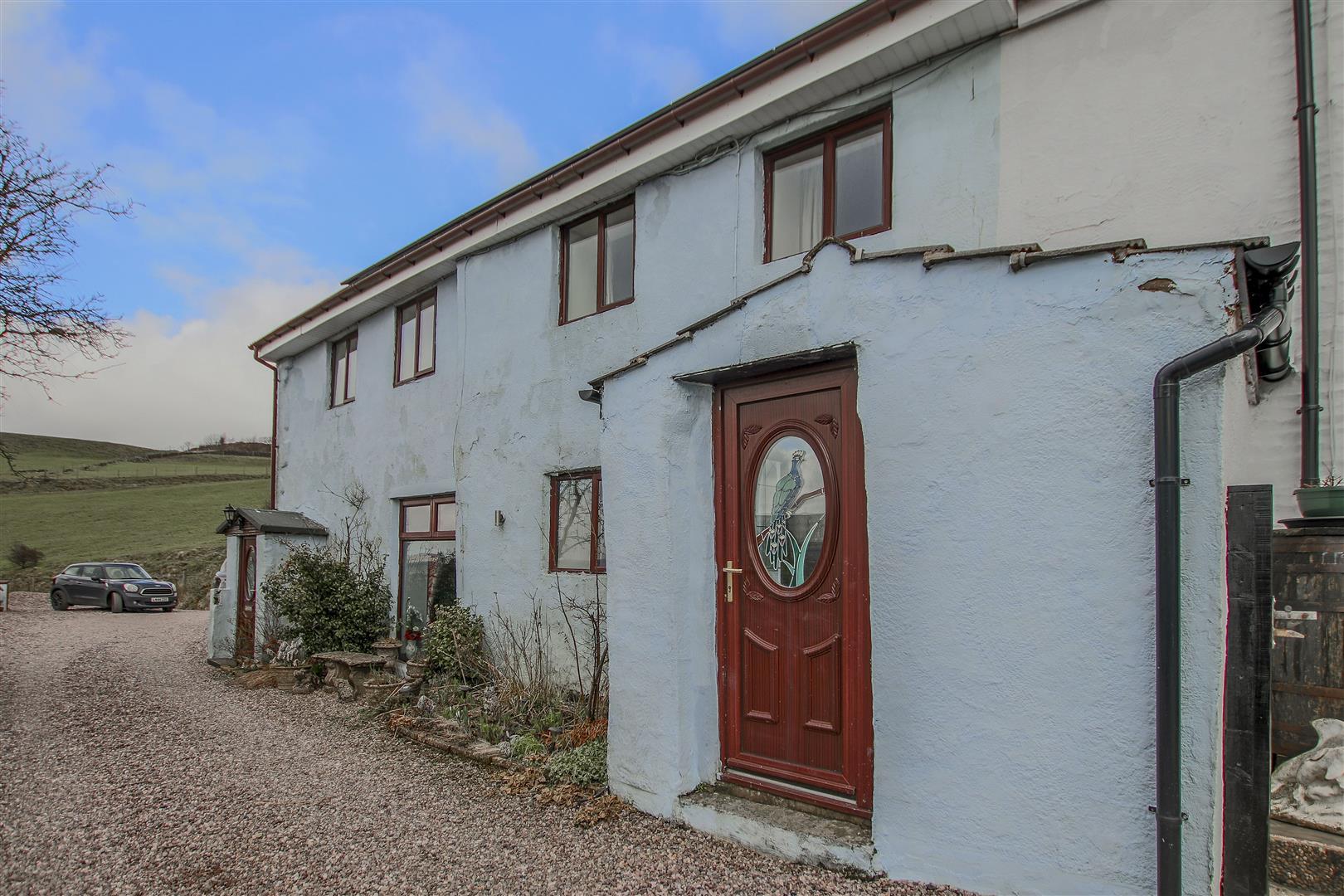 4 Bedroom Farmhouse For Sale - 31.JPG